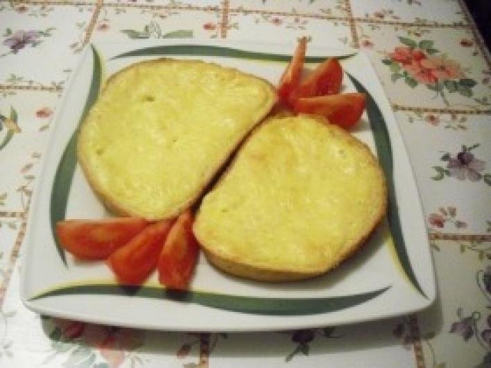 Sajtos-tojásos melegszendvics