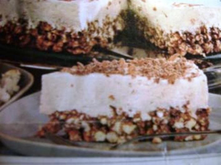 Pattogatott kukorica torta