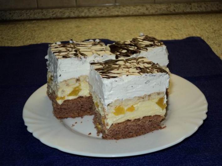 Barackos ünnepi sütemény