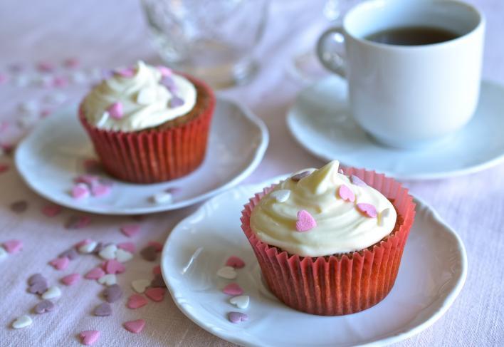 Málnás mandulakrémes muffin
