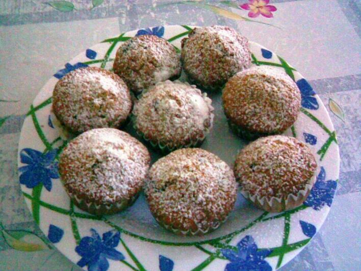 Csokis, mazsolás, diós muffin