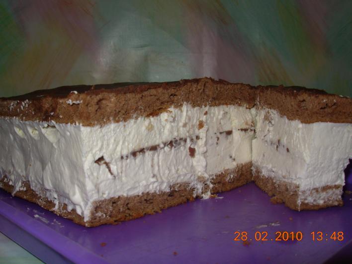 Tejszínes-csokoládés szelet