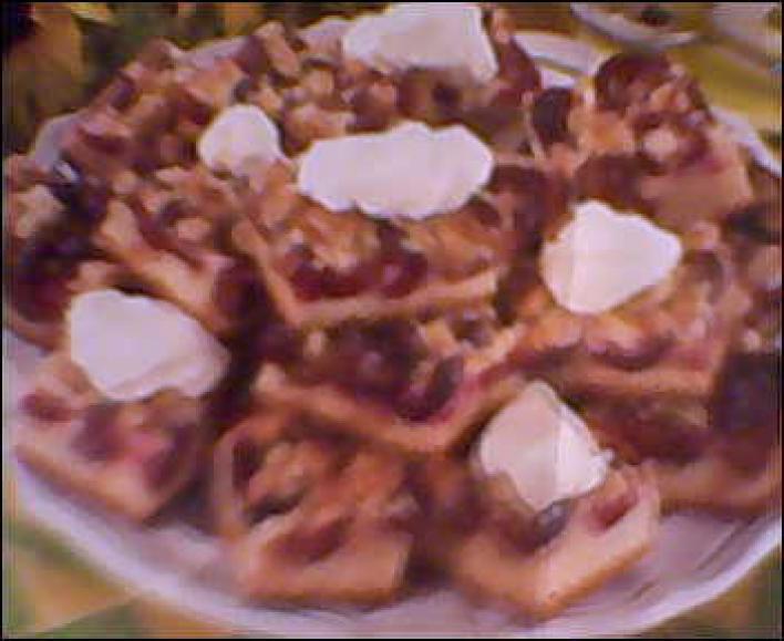 Tejfölös-fahéjas szilvás pite