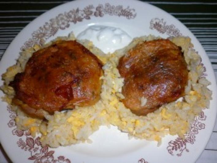 Töltött csirkecomb tojásos rizzsel