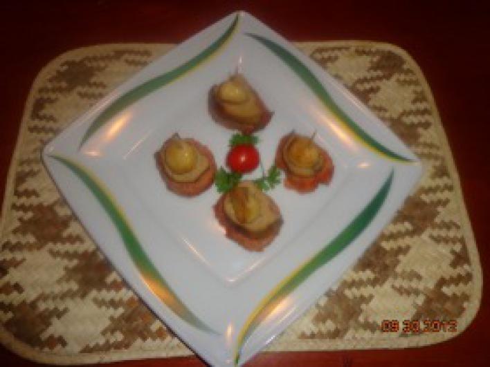 Szűzérmék sült kacsamájjal és sült fokhagymával