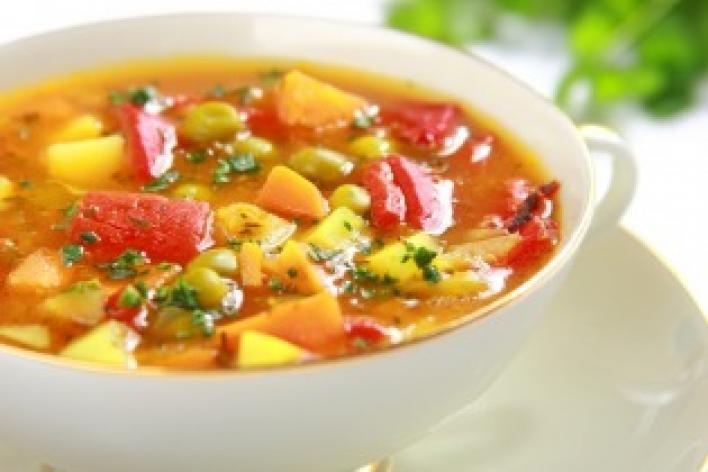 Zöldségleves paprikával