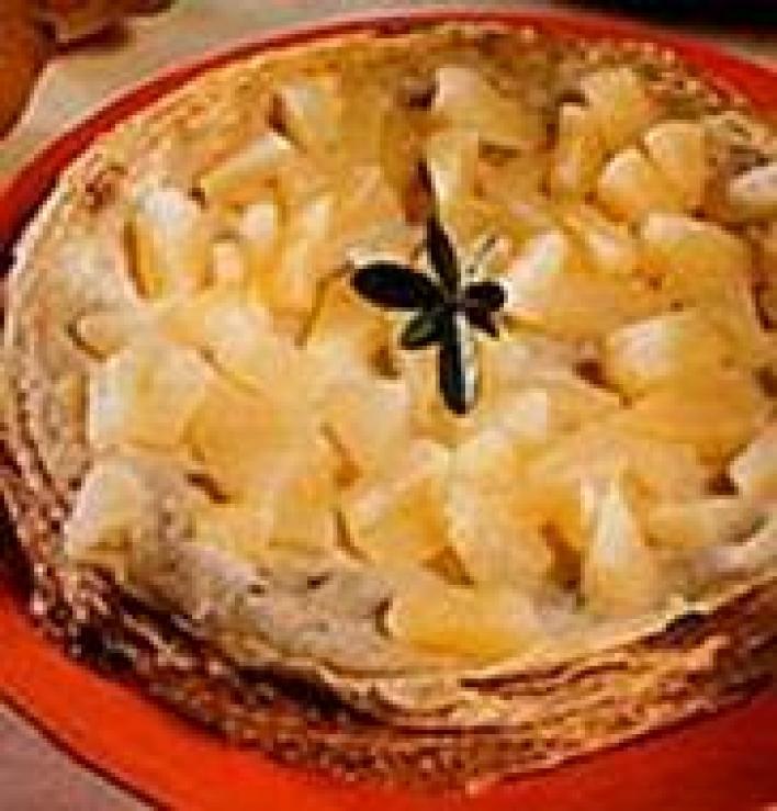 Ananászos palacsintatorta