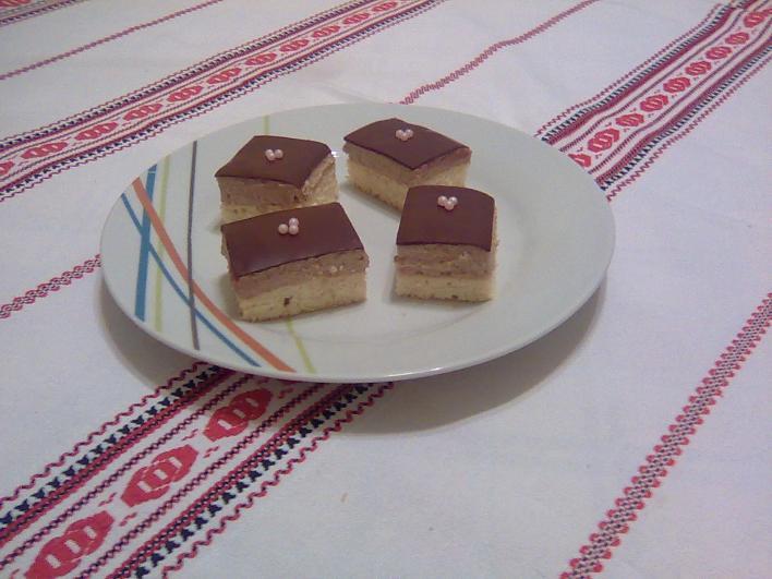 Kávés-kekszes sütemény
