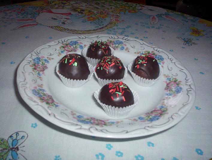 Diós, marcipános kekszgolyók