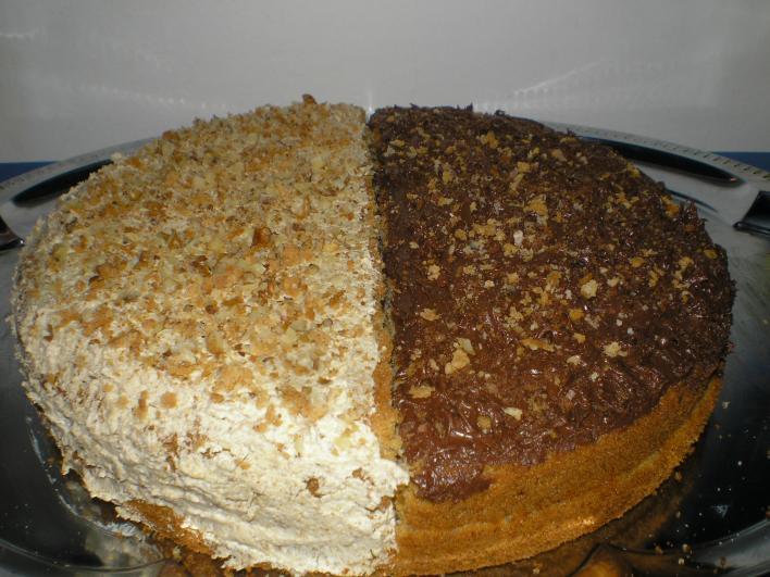 Pikáns diós-csokis torta az őszre hangolva