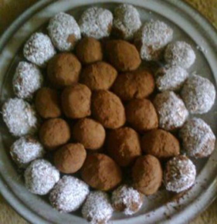 Kókuszos és csokis golyócskák