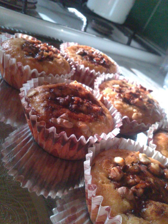 Almás, diós, kakaós muffin