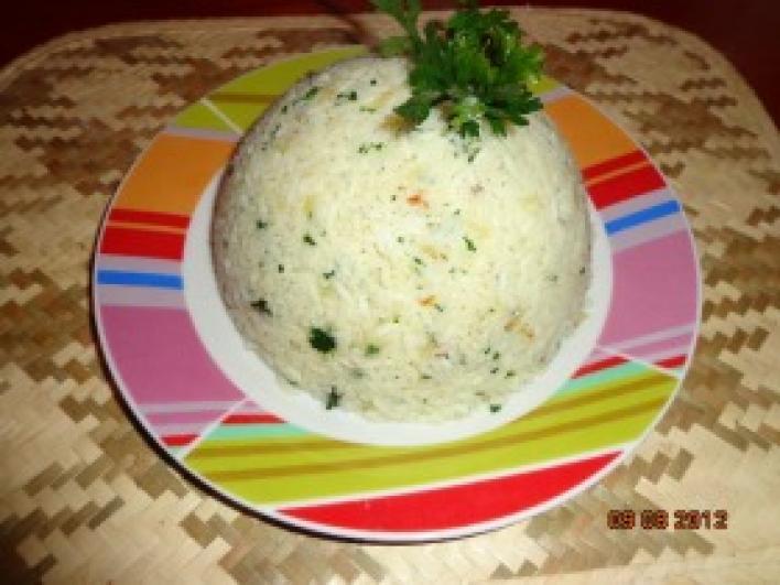 Hagymás, petrezselymes rizs