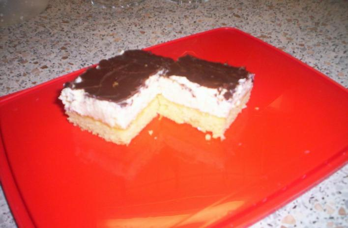 Túrós-csokis szelet