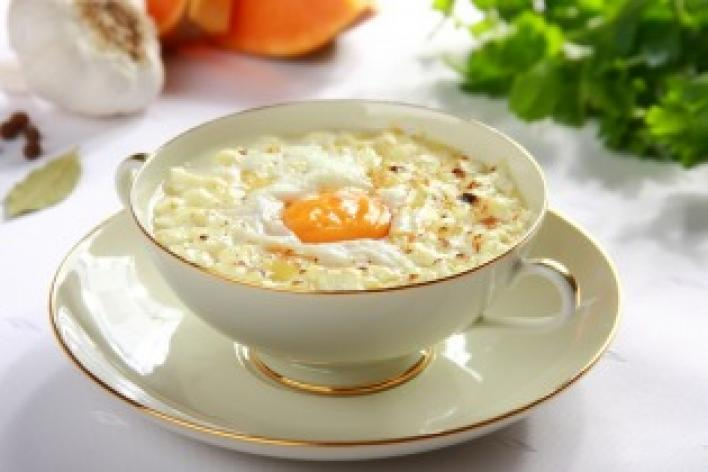 Sütőtök leves tojással