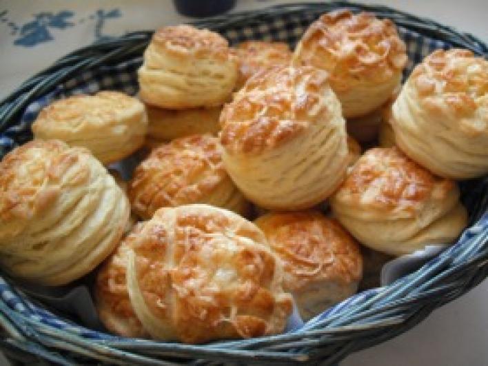 Krumplis-sajtos pogácsa