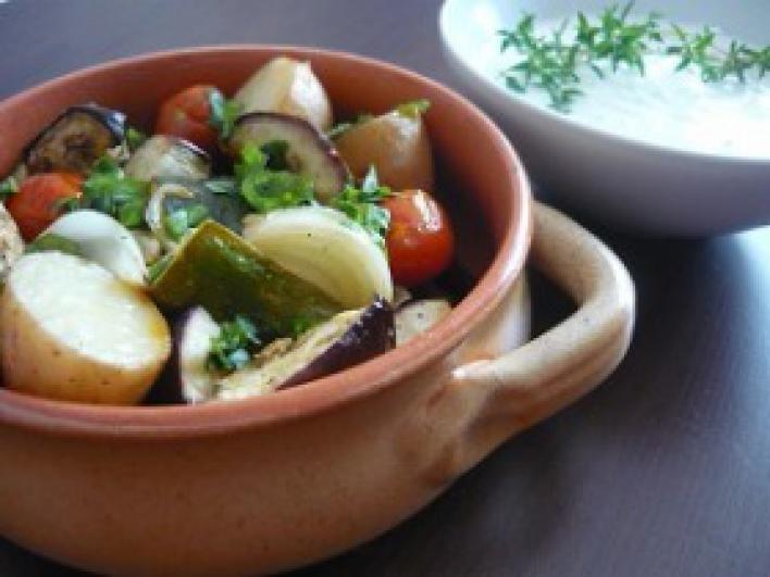 Sült zöldségek mártogatóssal
