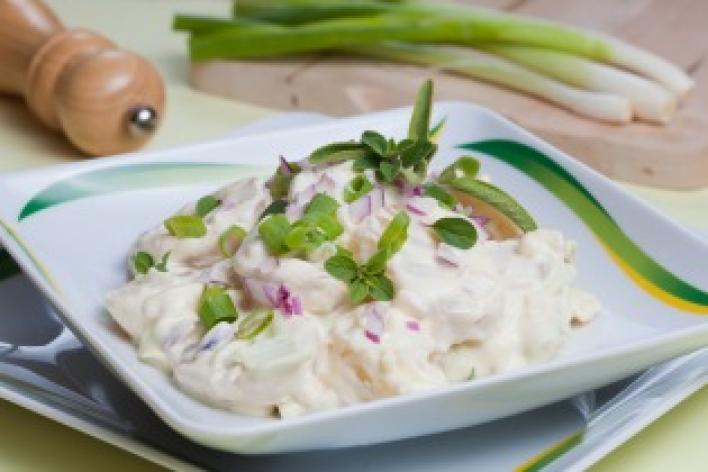 Hagyományos majonézes burgonyasaláta