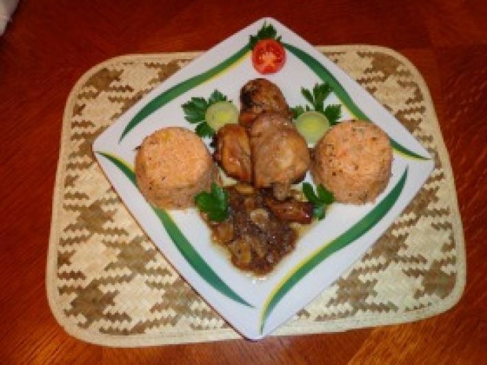 Thai csirkecombok, padlizsános paradicsomos rizzsel