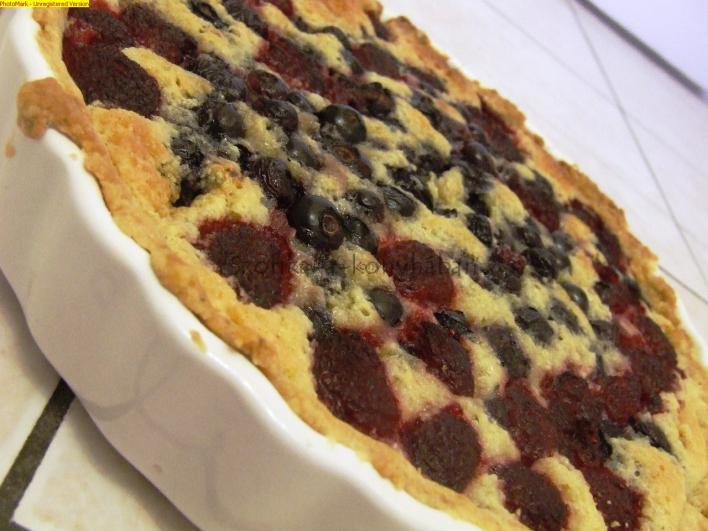 Áfonyás-málnás frangipane torta