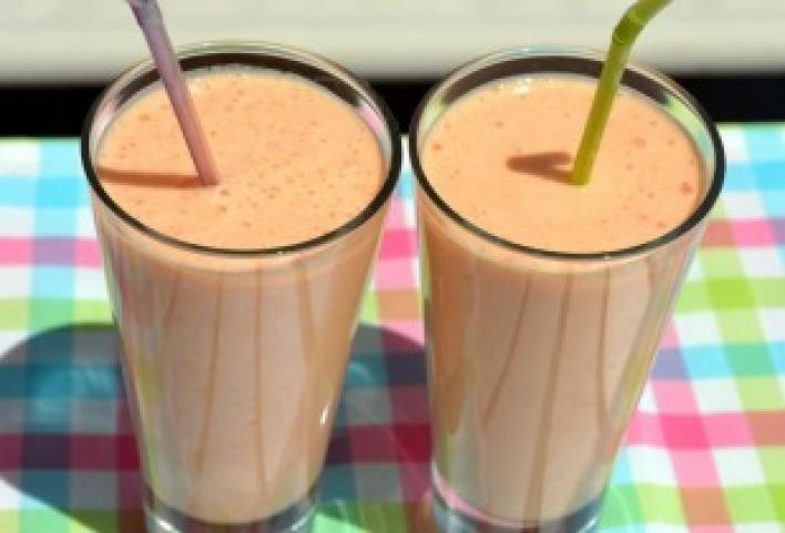 Sárgabarackos smoothie