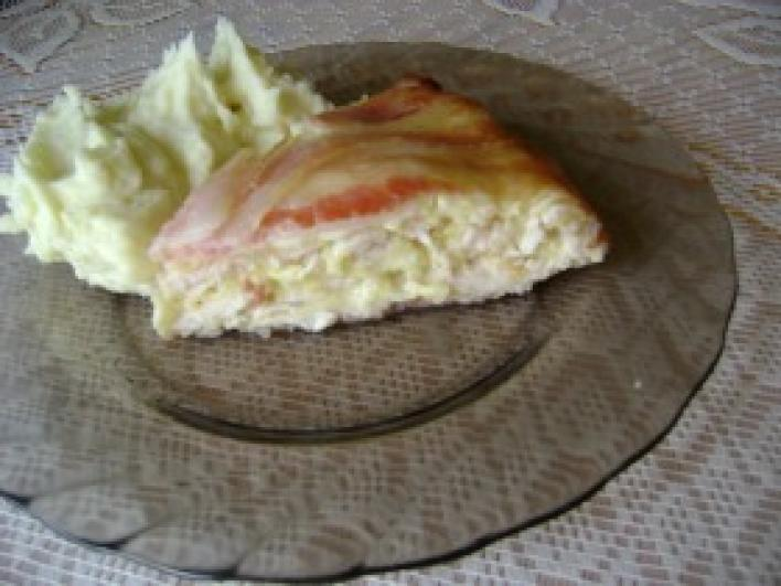 Csirkemell torta burgonyapürével