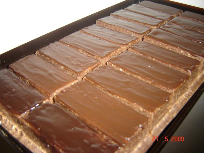 Házi rumos-csokis szelet