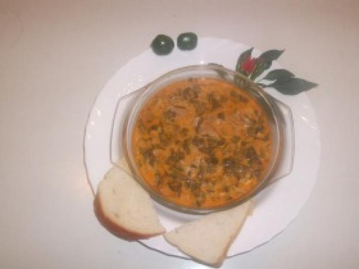 Saláta leves, tojásbetéttel