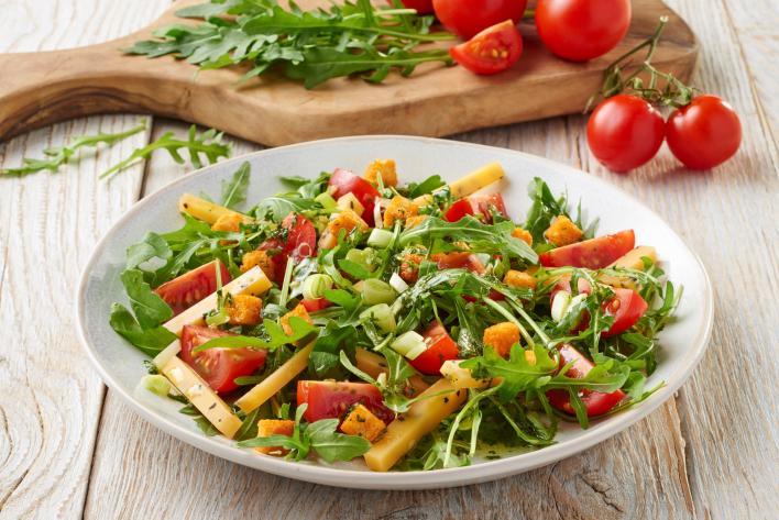 Arugula saláta koktélparadicsommal