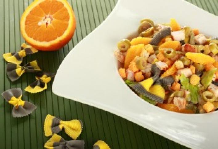 Narancsos csirkemell saláta