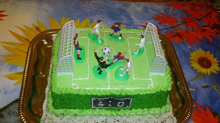 Focipálya torta