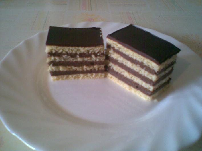 Omlós csokikrémes szelet