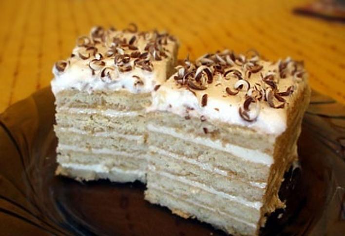 Tejfölös-kekszes süti