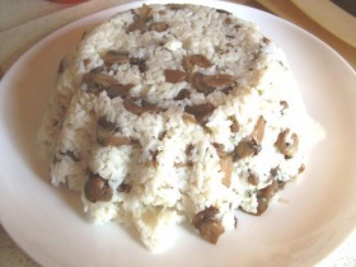 Pirított gombás rizs