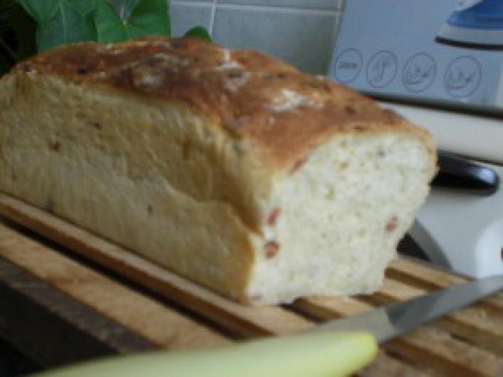Szalonnás házi kenyér