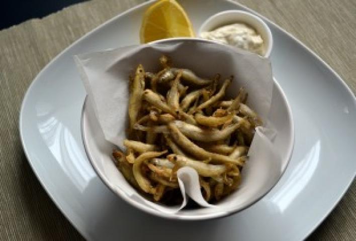 Sült apróhal ínyenc mártással