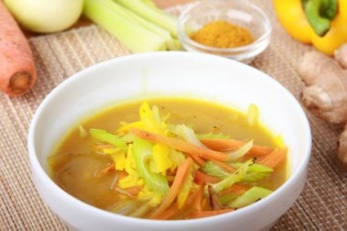 Zöldséges curry rizzsel