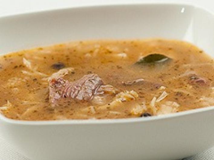 Lengyel pacal leves hússal és zöldségekkel