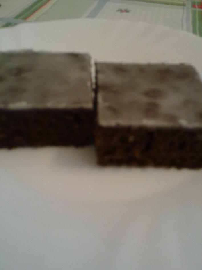 Cukormázas kakaós sütemény