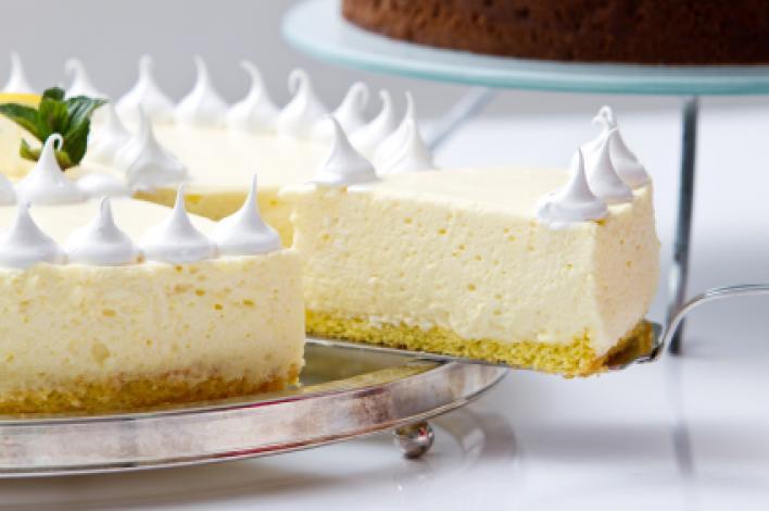 Habos túrós sütemény