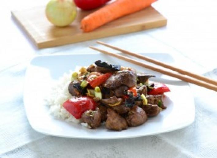 Kínai pirított máj zöldségekkel