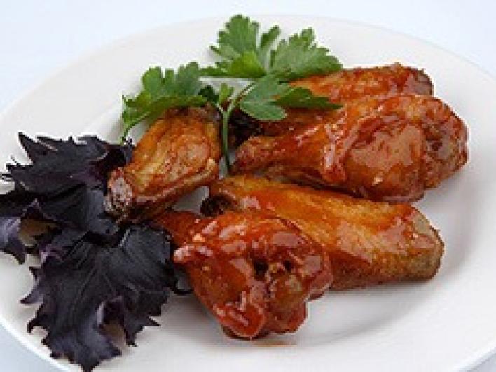 Pikáns csirkeszárny