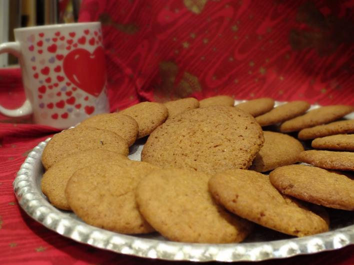 Gyömbéres, fahéjas keksz (amerikai recept)