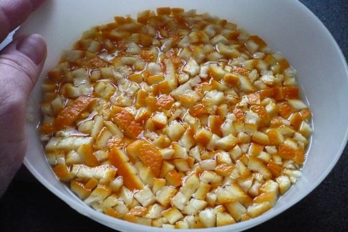 Cukrozott narancshéj