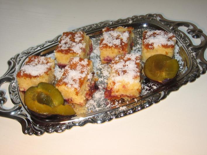 Finom szilvás sütemény
