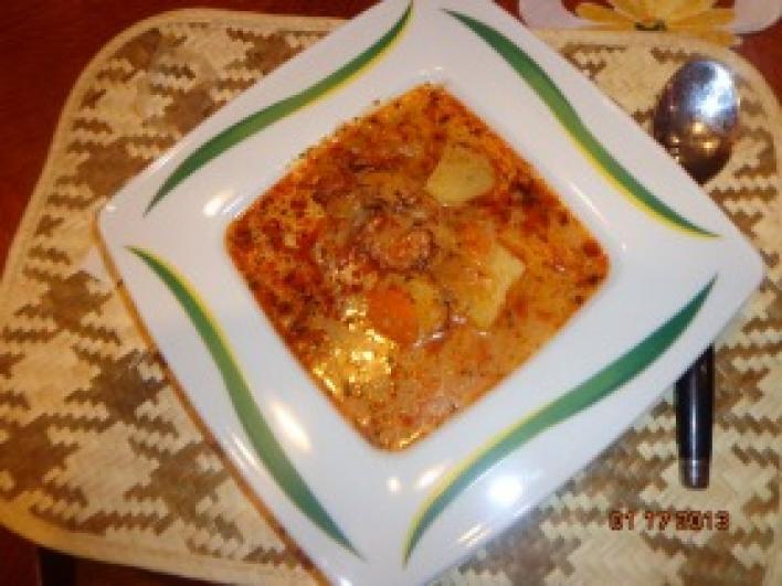 Tárkonyos savanyú káposzta leves