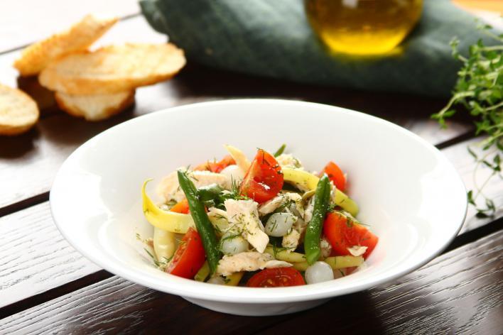 Zöldbabos pisztráng saláta
