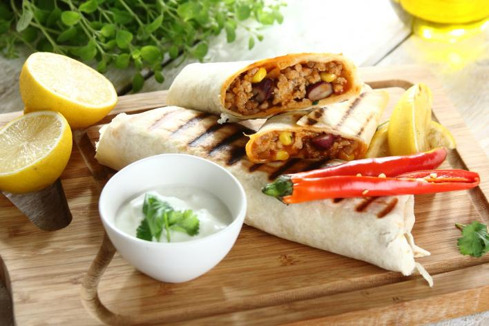 Chili con carne tortillában