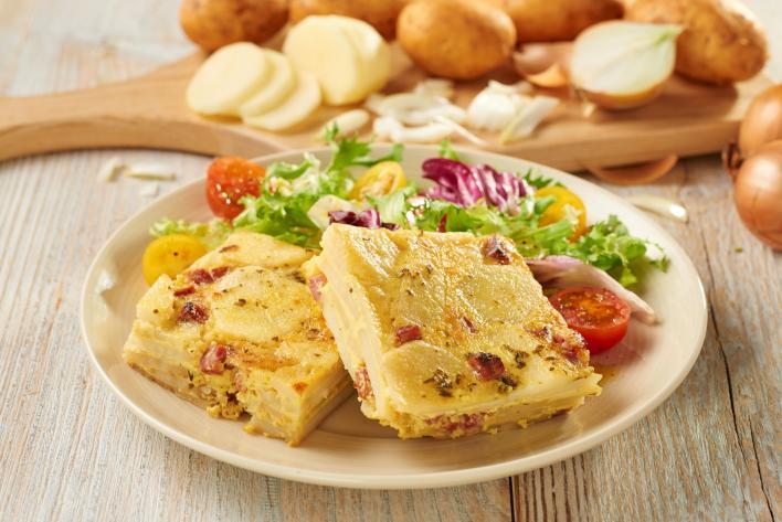 Szalámis, burgonyás tortilla