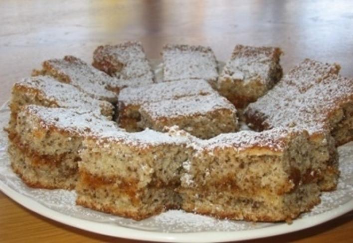 Diós-baracklekváros sütemény